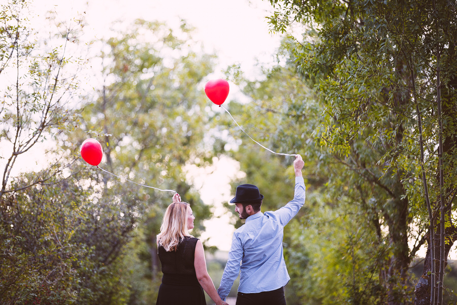 Love Session • Couple Ballons